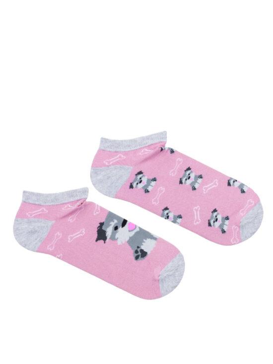 Kolorowe stopki damskie w pieski na różowym tle z szarym wykończeniem